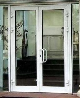 Холодные двери входных групп